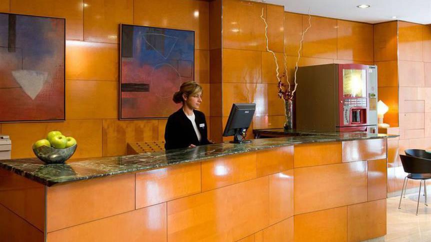 Receptie Hotel Villacarlos