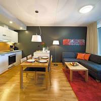 Voorbeeld appartement eethoek en keuken