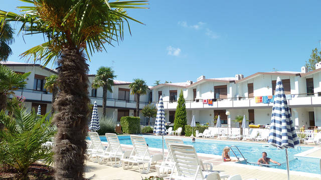 Zwembad Villaggio Lido