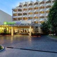 Holiday Inn Resort Phuket - Vooraanzicht