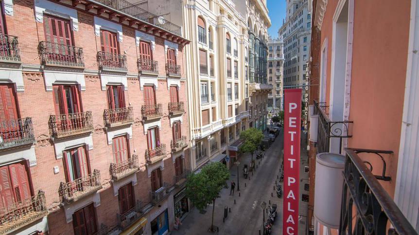 Uitzicht Hotel Petit Palace Tres Cruces