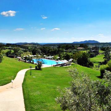 Tuin met zwembad Hotel Villa Cariola