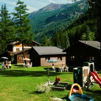 Autovakantie Chaletpark Edelweiss in Saas-Balen (Wallis, Zwitserland)
