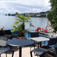 Terras en uitzicht over het Meer van Genève