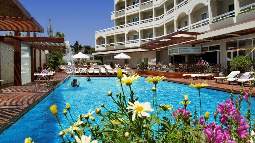 Zwembad Athineon Hotel