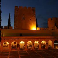Exterieur in het donker Pousada Alvito