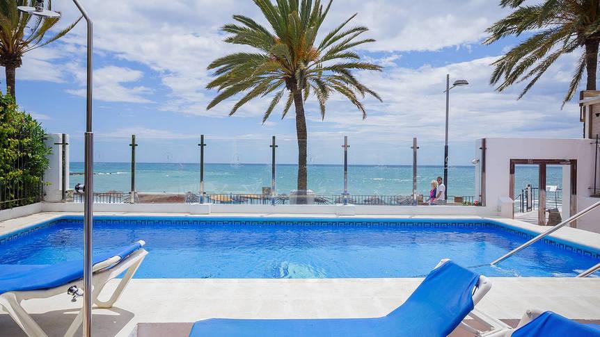 Zwembad Appartementen Puerto Azul