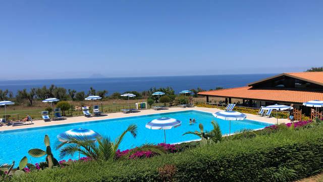 Zwembad Agriturismo Ninea