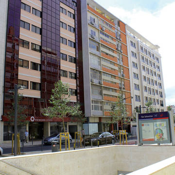 Voorzijde Hotel Principe Lisboa