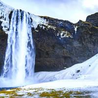 Big Seljalandsfoss waterfalls