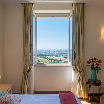 Voorbeeld Deluxe kamer Gallery Hotel
