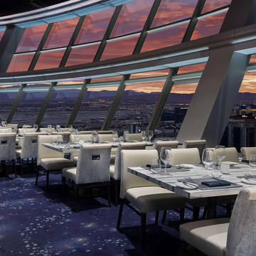 Restaurant The STRAT Hotel, Casino en SkyPod